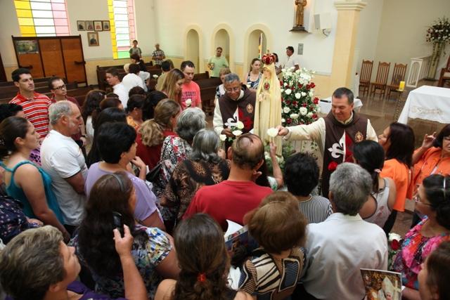 Missa despedida de Nossa Senhora de Fátima, Apostolado do Oratório